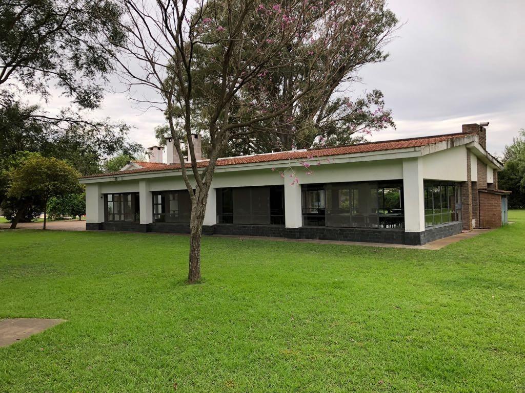 DUEÑO VENDE CASA AMUEBLADA  COUNTRY LA ESTANCIA ROLDAN - U$D 85.000