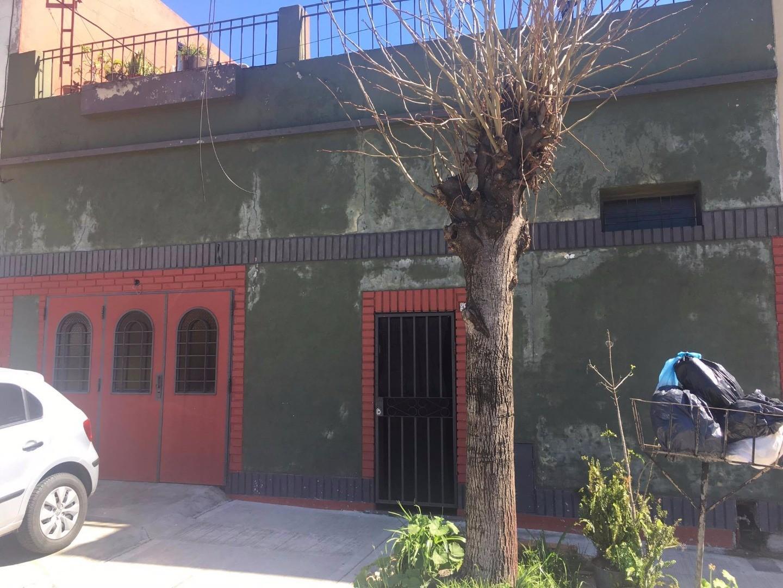 Casa en Venta en Parque Avellaneda - 5 ambientes