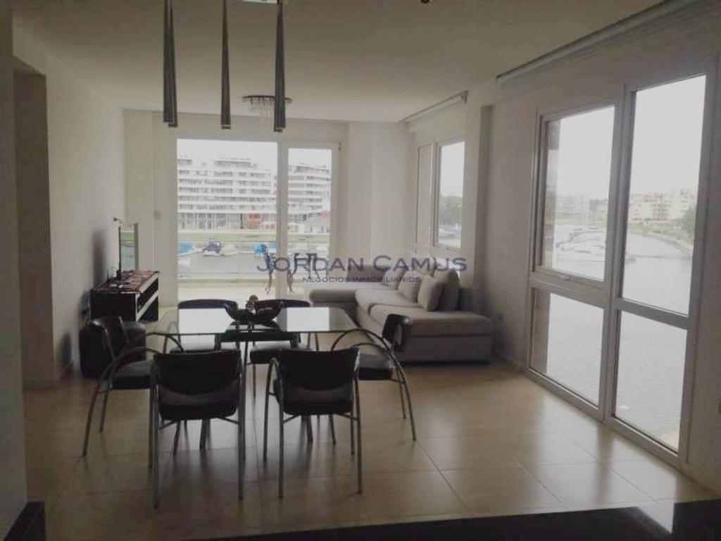 Condominios de Bahía Grande 4 AMBIENTES amoblado paquete con expensas incluidas.