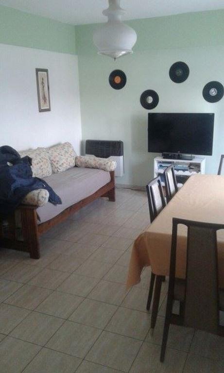 Hermoso Departamento de tres ambientes en venta en Barrio Avellaneda