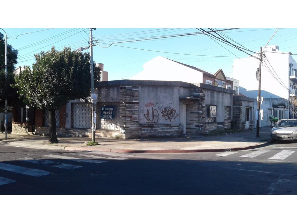 Casa americana en esquina - apta crédito