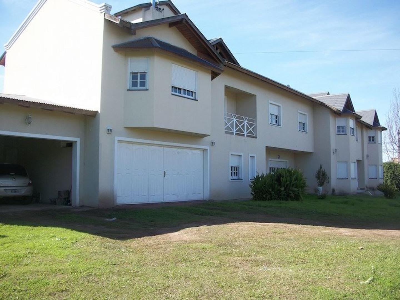 Amplia casa en Villa Allende Golf