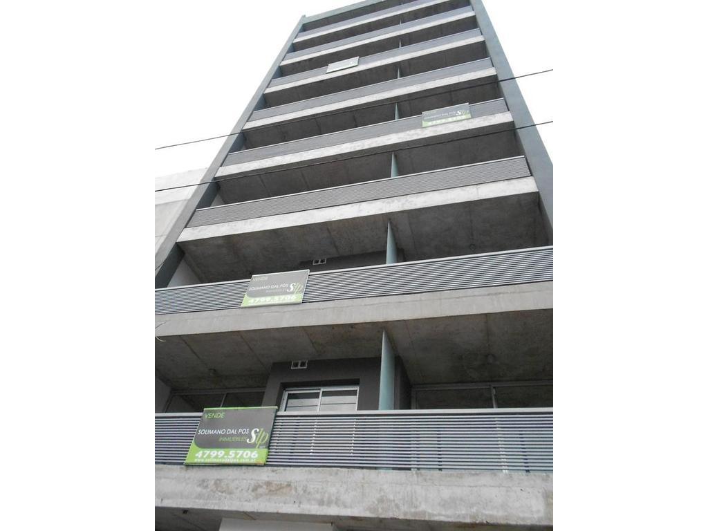 Monoambiente divisible con terraza y cochera incluida - B.Santa Rita