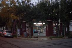 FONDO DE COMERCIO ALMACÉN CON VENTA DE PAN HORNEADO Y COMIDAS PRE COCIDAS BECCAR