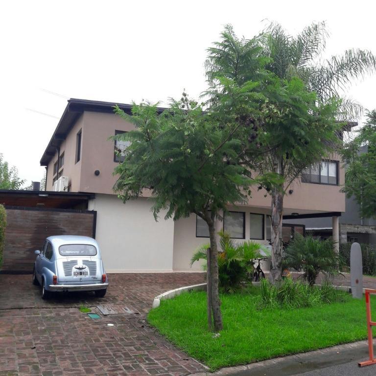 Hermosa casa en Barrio El Atardecer