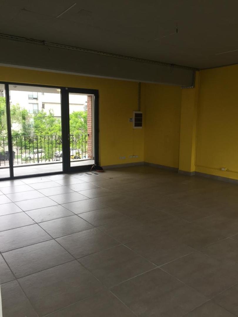 Local - Excelente   1 planta   56 m²