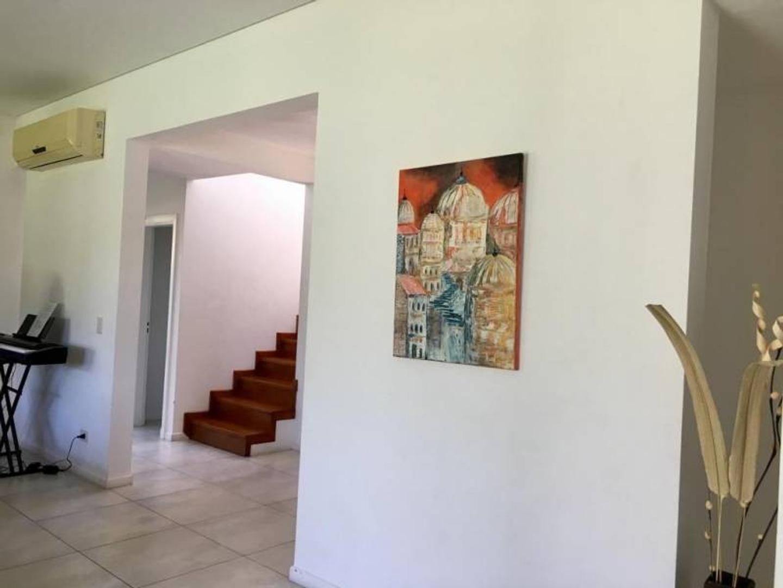 Casa en Alquiler en Talar Del Lago II