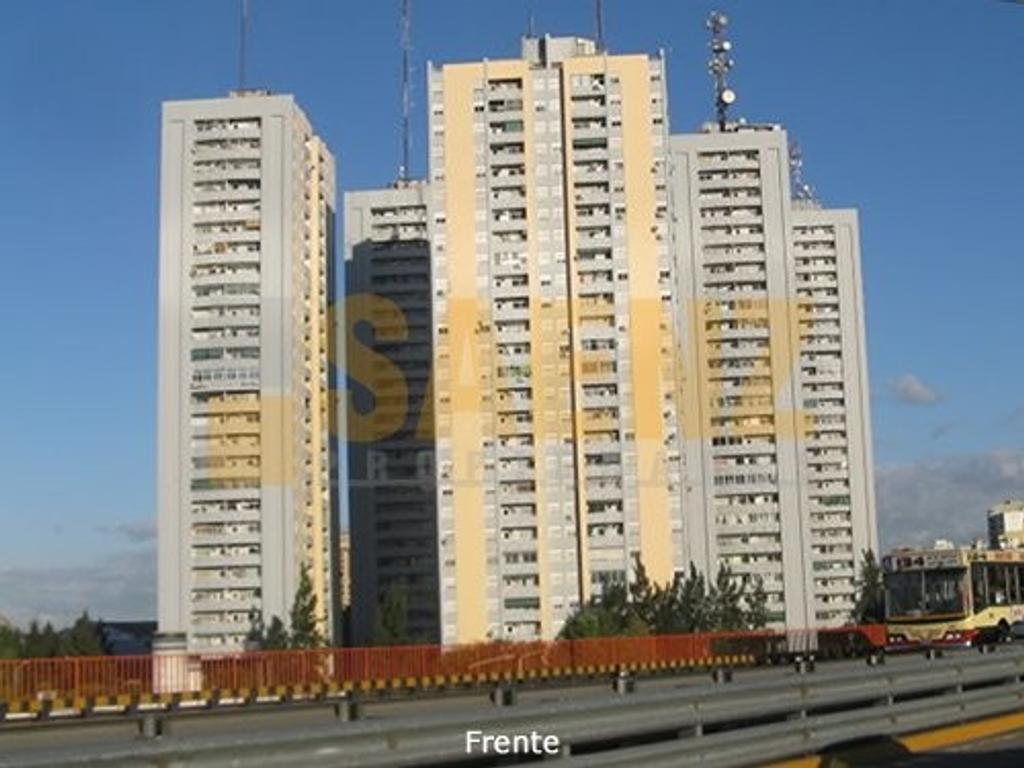 Departamento 3 ambientes con cochera - Torres Pueyrredón - Avellaneda.