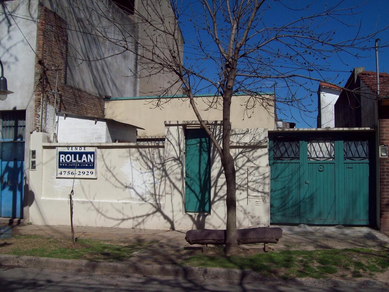 Casa multifamiliar s/lote de 8.66x34.50, en venta en Munro!!