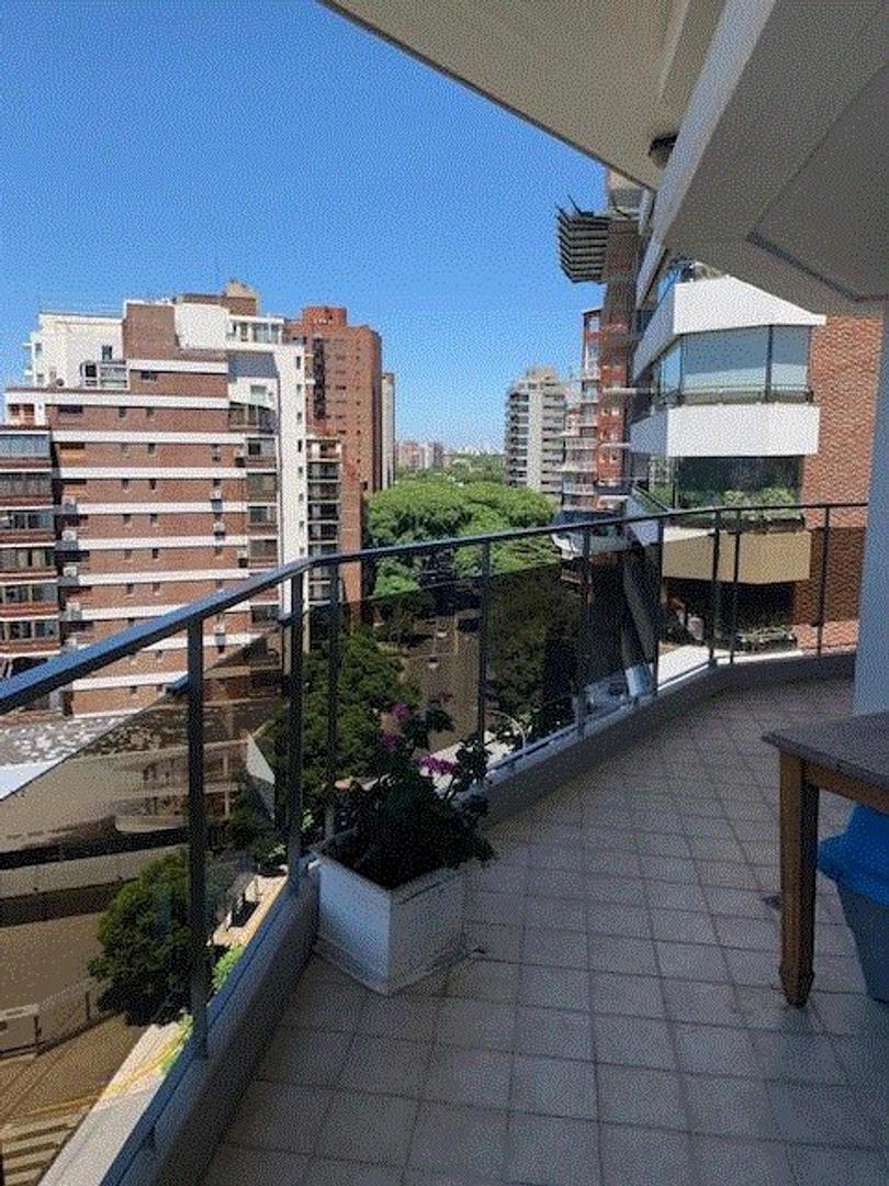 Departamento en Venta en La Lucila Vias / Libertador - 4 ambientes