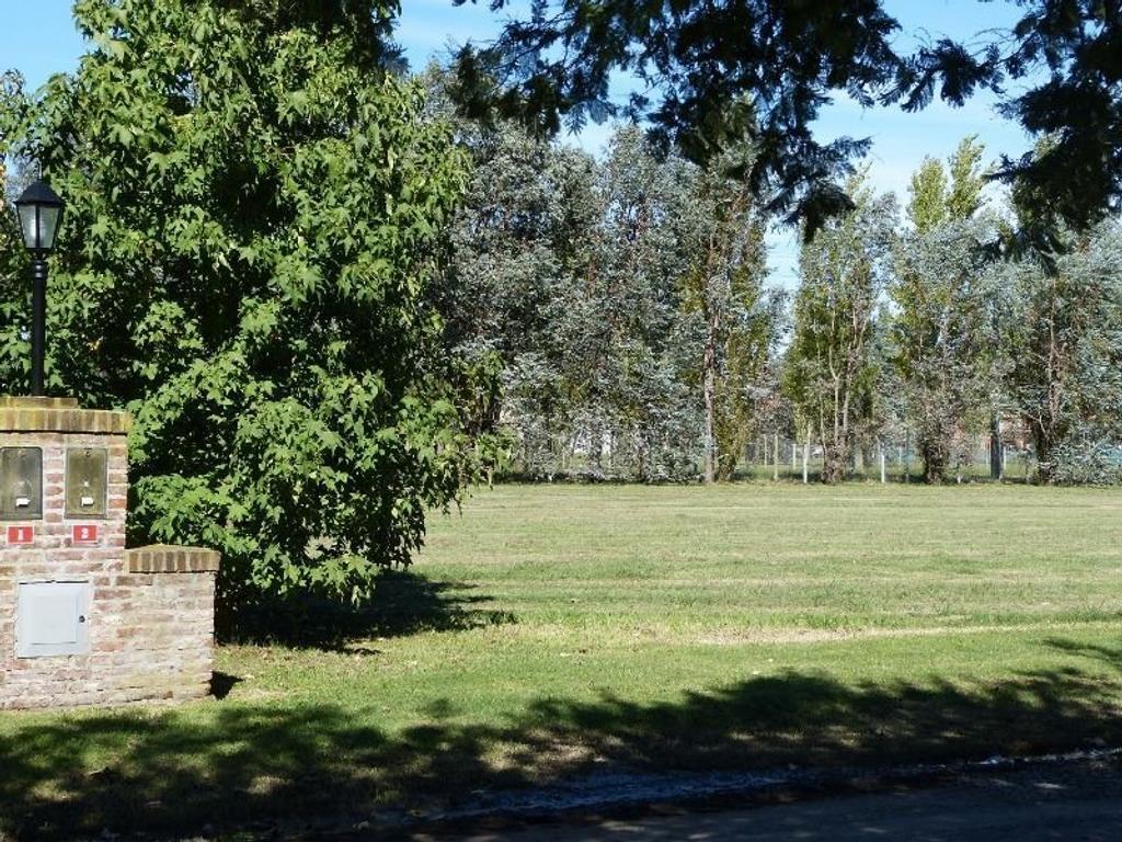 Lote / chacra 2 en venta. 10.000 m2.  Santa Matilde, Comarcas de Lujan.