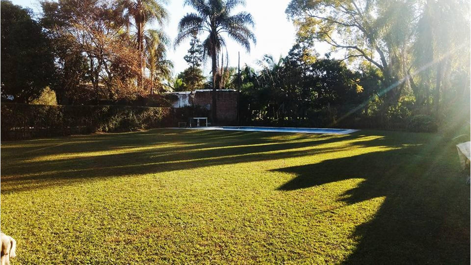 Espectacular casa en el Casco Viejo de Yerba Buena sobre calle Quintana entre Ituzaingo y Boulevard