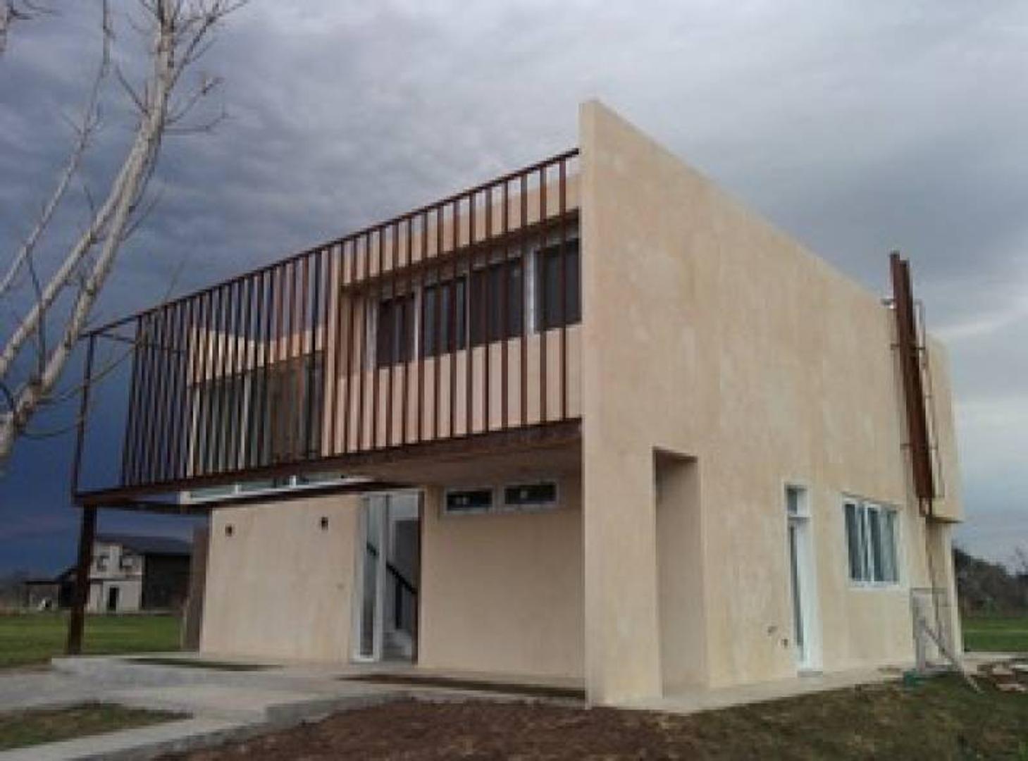 PUERTOS / Acacias 330 - Casa Sustentable