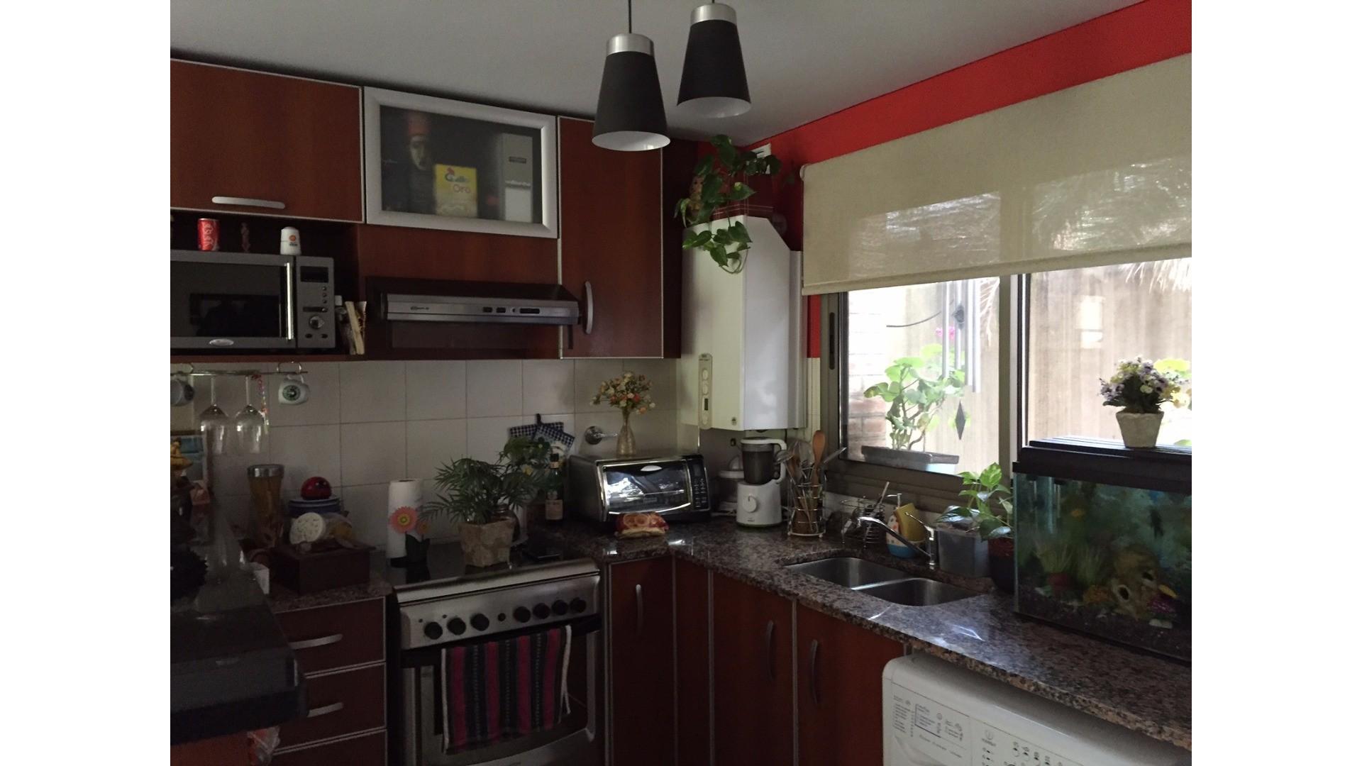 Duplex de 3 ambientes - Bernal Centro