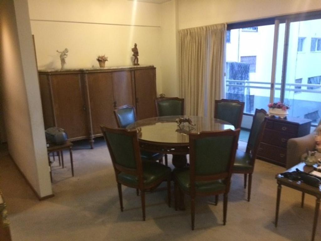 Excelente 3 amb al contrafrente, balcon corrido, cocina c/lav cub. Baño Completo. Belgrano