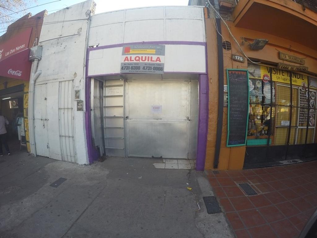 TIGRE CENTRO: LOCAL DE 32 MTRS UBICADO FRENTE A ENTRADA DEL PUERTO DE FRUTOS!!!