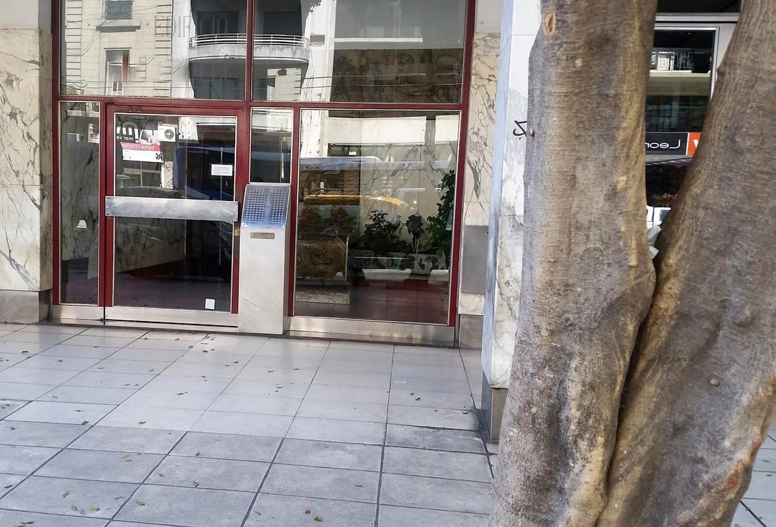 Corrientes 2900. 2 amb. Piso 8. Contrafrente. 49 m2. Super luminoso. Balcón