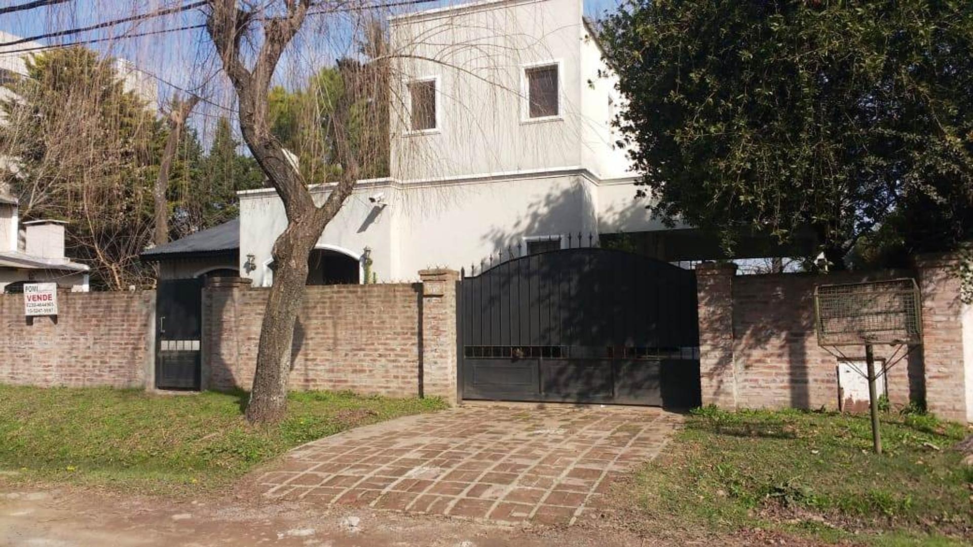 Casa en Venta en Pilar - 4 ambientes