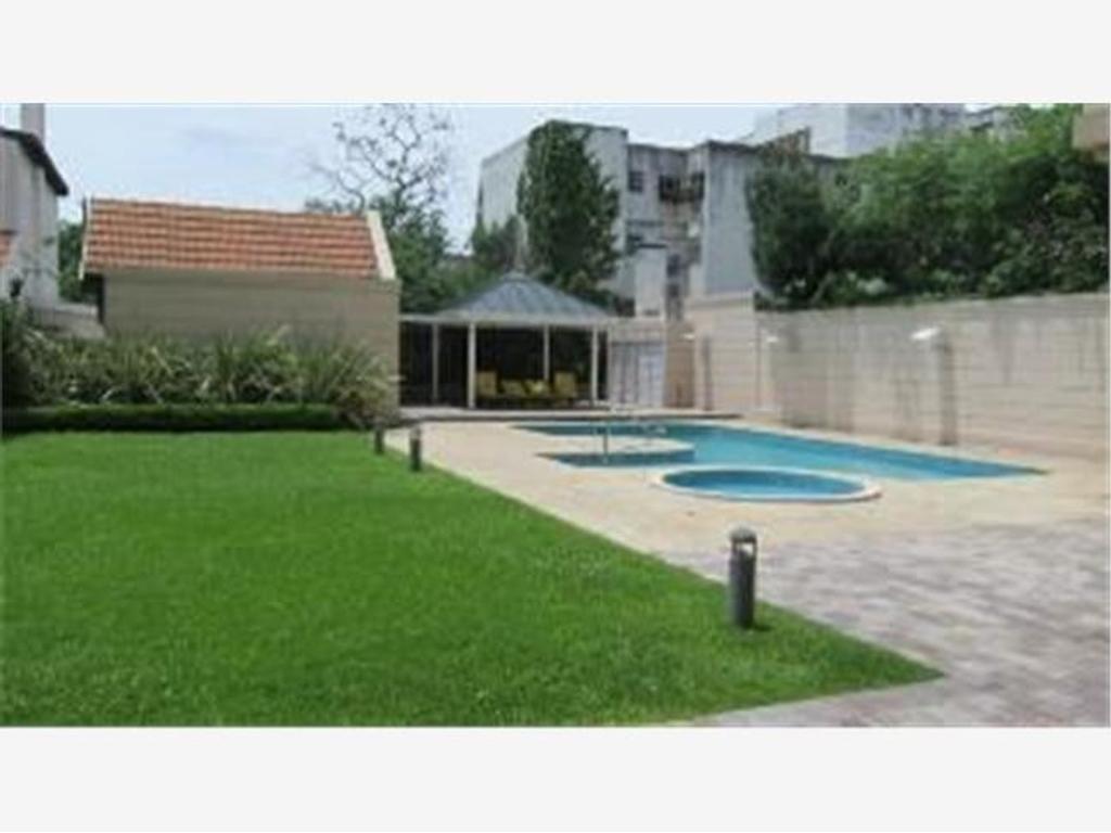Semipiso de categoria con piscina seguridad gimnasio sum espacios verdes