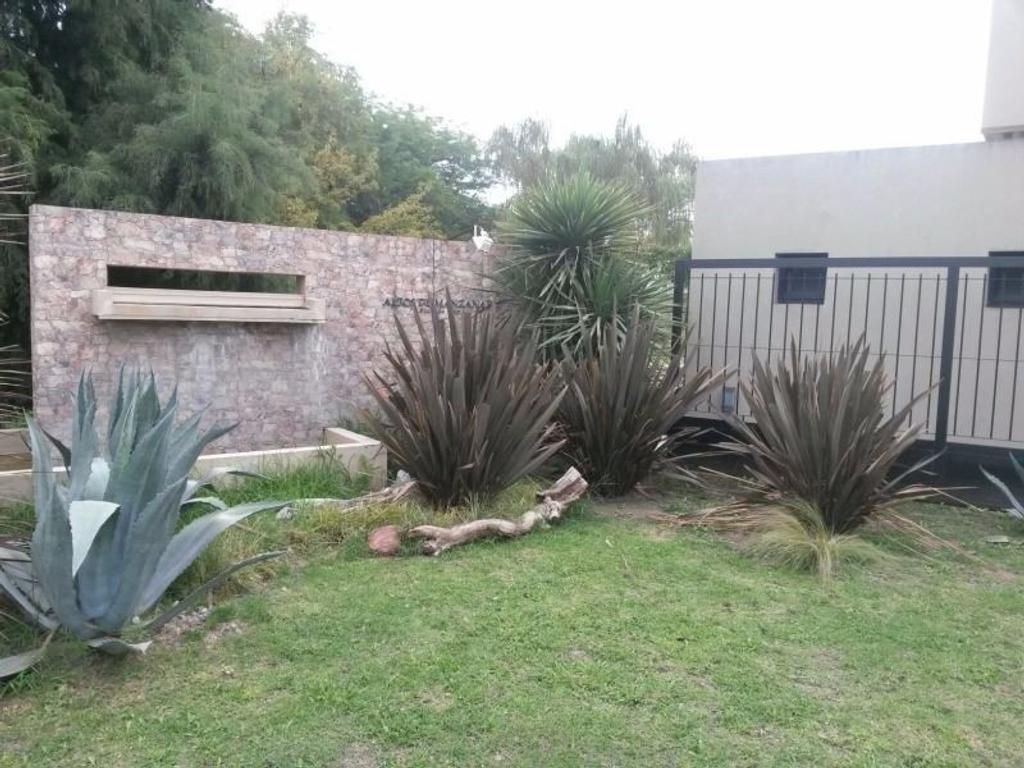 Terreno en Venta en Altos de Manzanares II Pilar