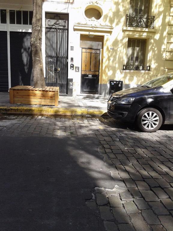 SE VENDE PH 2 y 1/2 amb. lateral; patio cub. terraza compartida