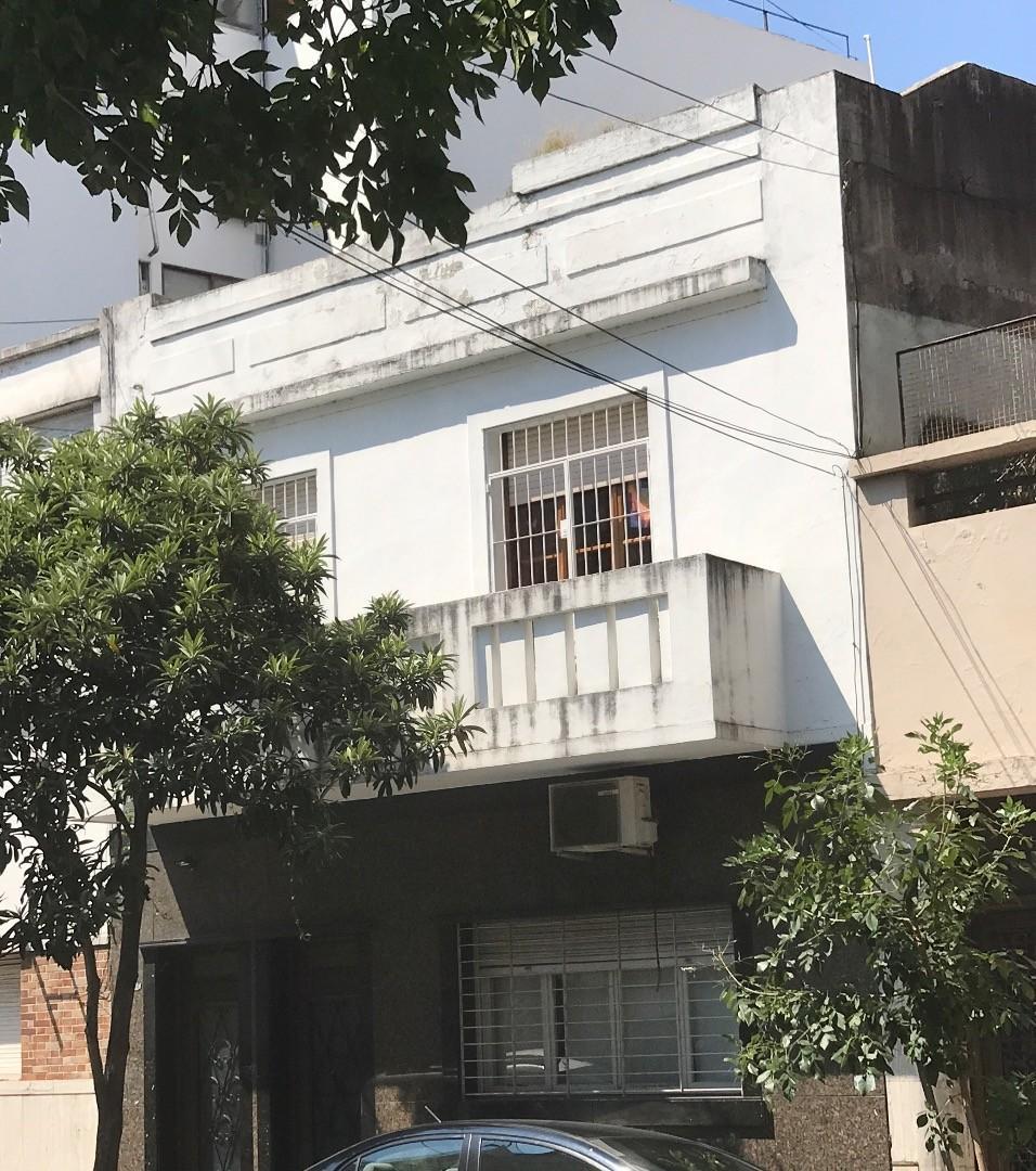 Ph. 3 amb. Sin expensas contrafrente balcon corrido excelente estado
