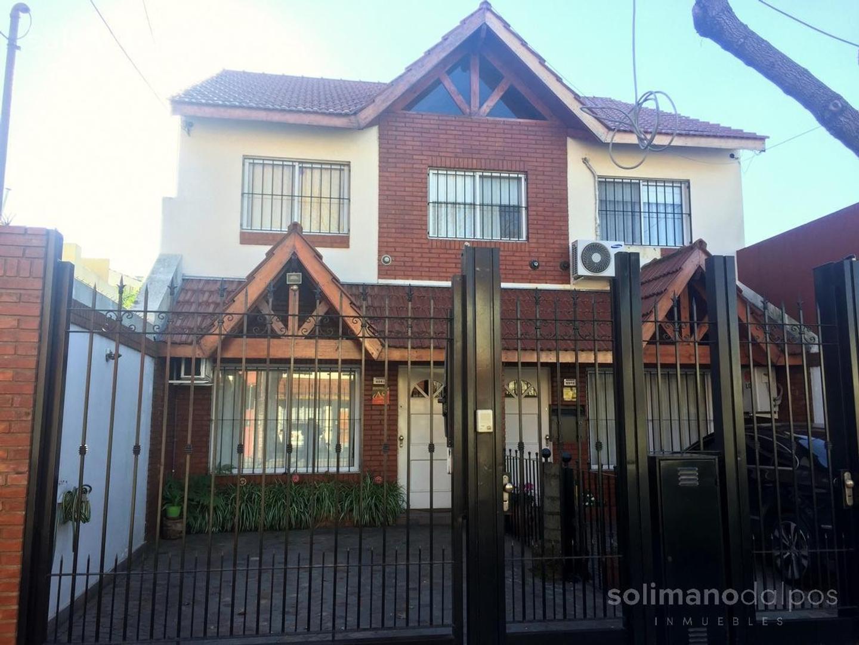 Casa en Venta en Olivos Maipu/Uzal - 4 ambientes