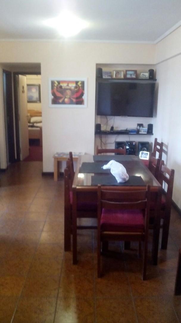 2 AMBIENTES CON COCHERA - COLON Y ALVEAR
