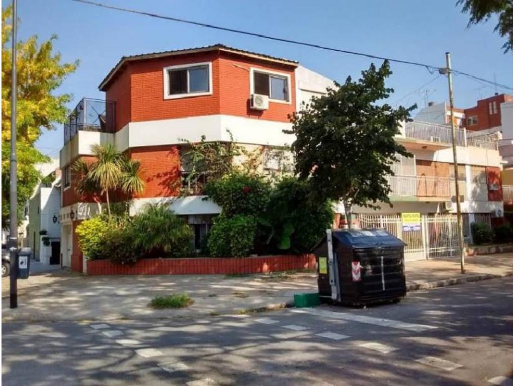 Casa en venta en habana 4800 villa devoto argenprop for Casa de azulejos en capital federal