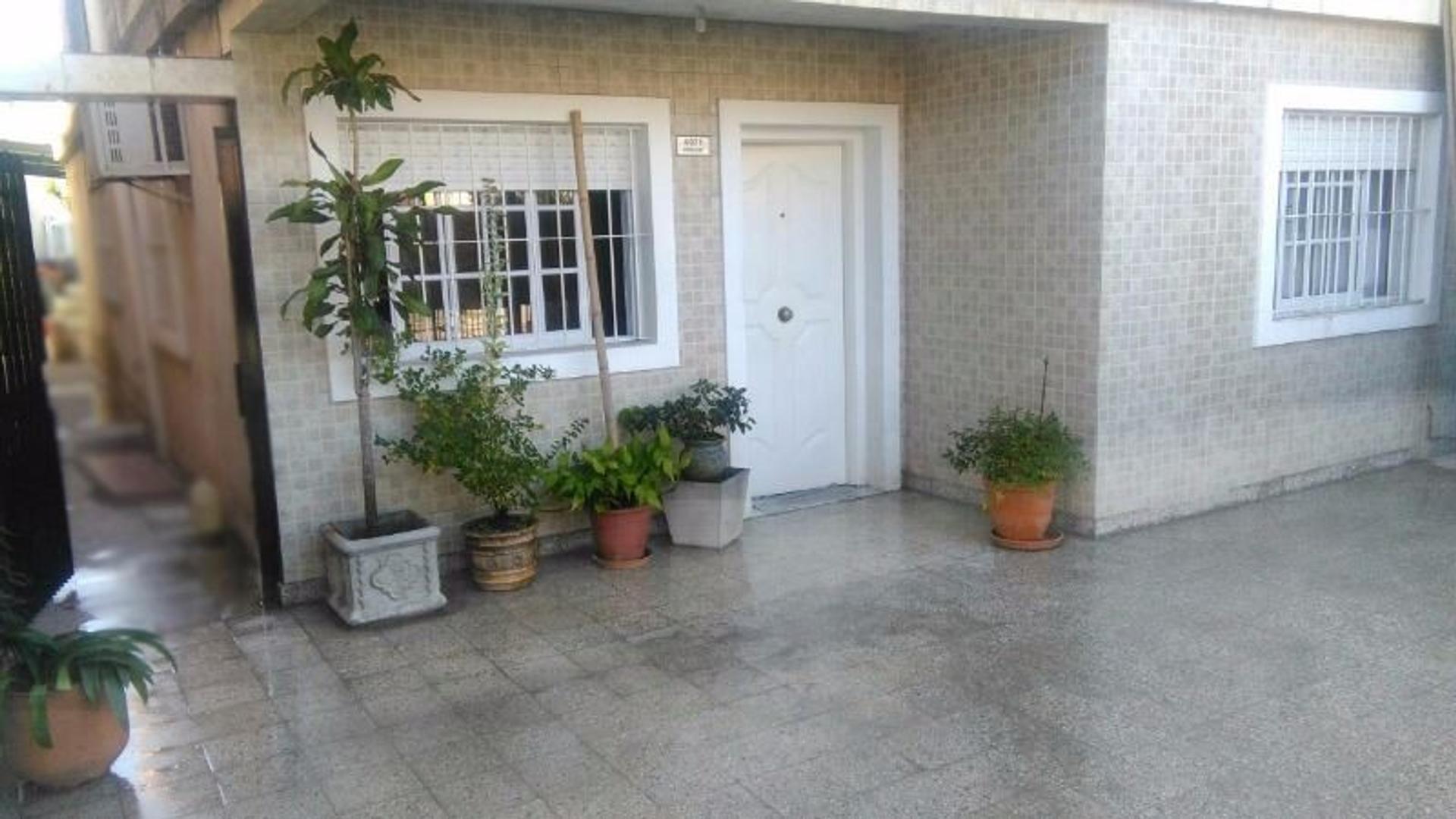 Casa 5 amb con COCHERA Y FONDO LIBRE