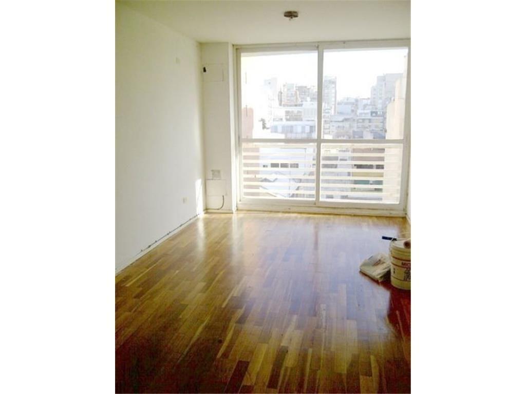 **** RESERVADO **** 1 Ambiente al frente, balcón, cocina Integrada, Pileta.-