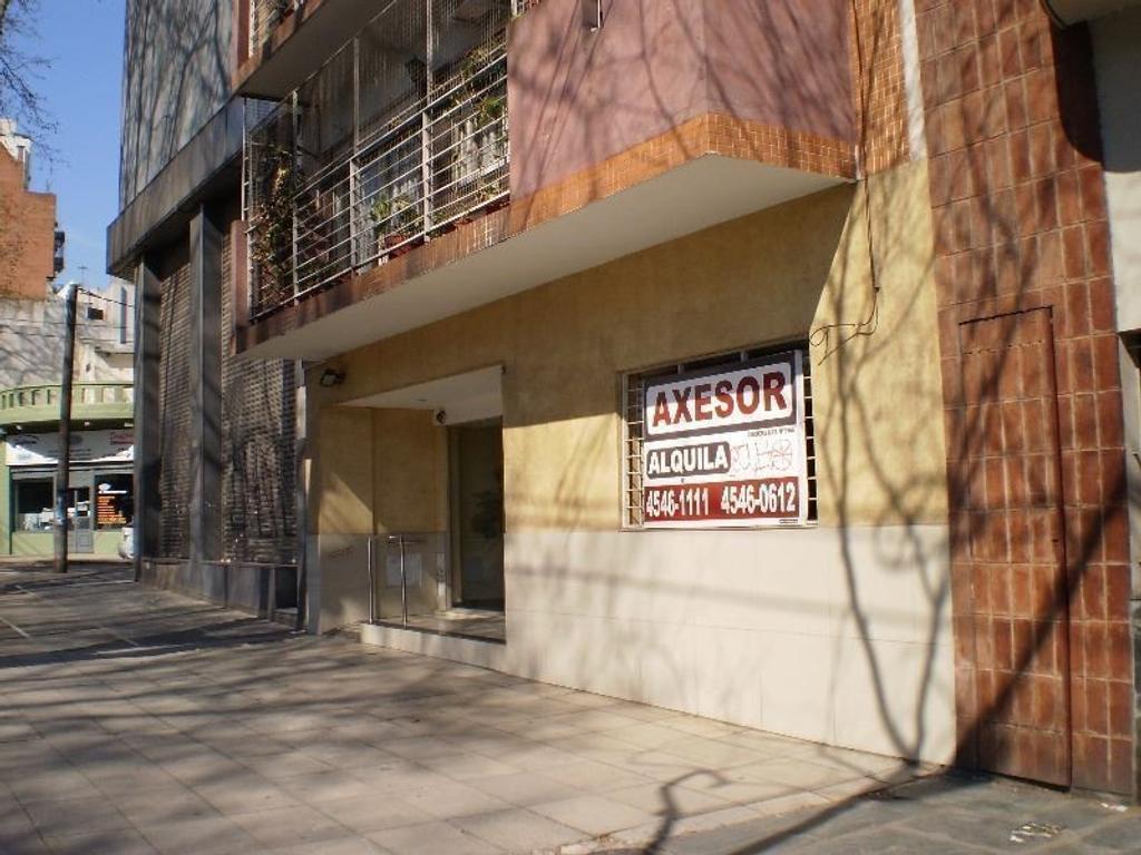 ***RESERVADO  *********DEPTO 1 AMB en alquiler Planta Baja, Al frente con patio **