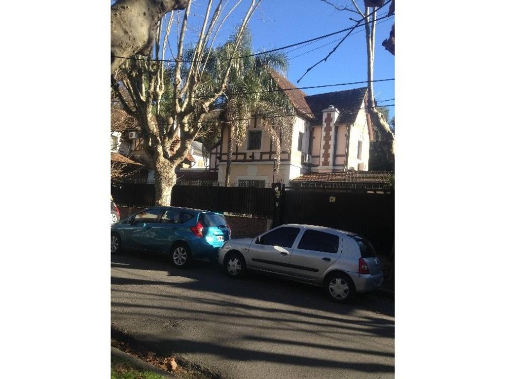 Excelente casa estilo inglés en Olivos