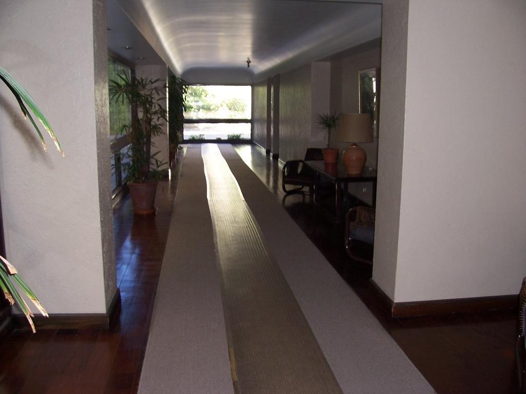 EXQUISITO DPTO EN CAÑITAS , PULMON DE MANZANA .. TODO LUZ