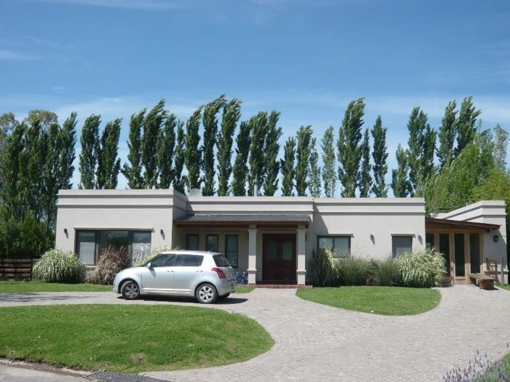 Casa en venta quintas del sol argenprop for Casas inmobiliaria