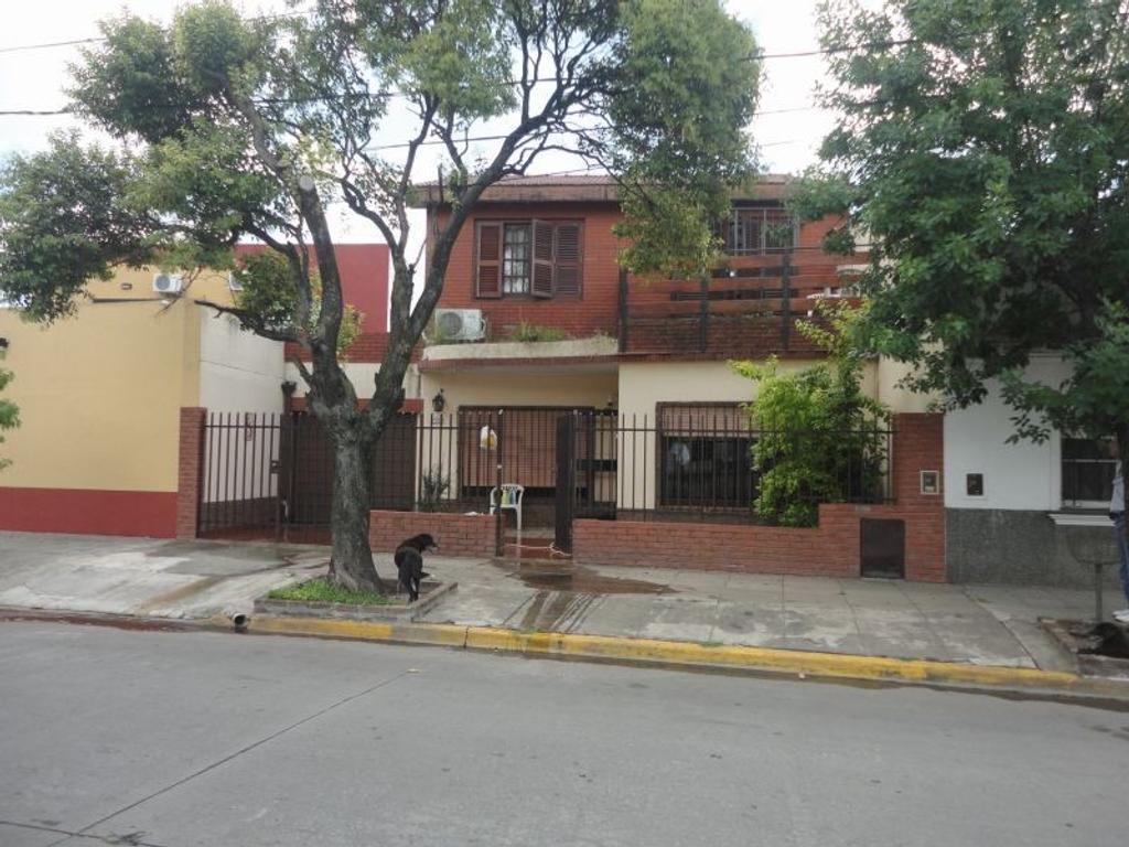 Casa - Venta - Argentina, Caseros - Juan Bautista Alberdi   AL 5300