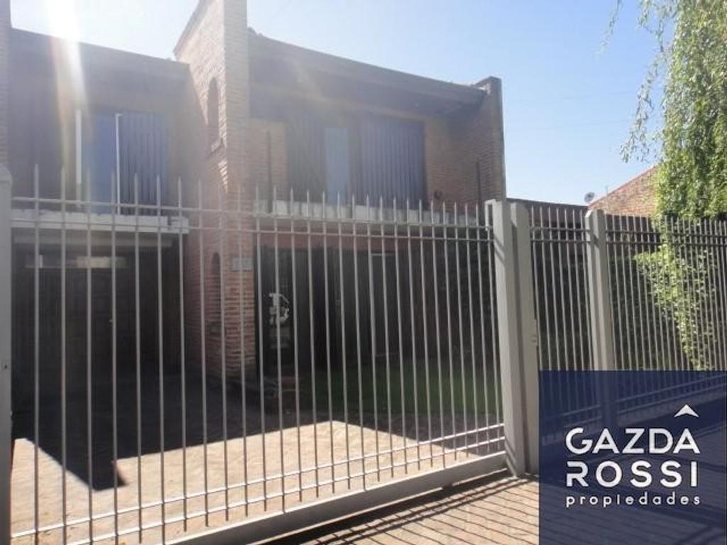 Casa en venta en arias 565 jose marmol argenprop for Casas en jose marmol