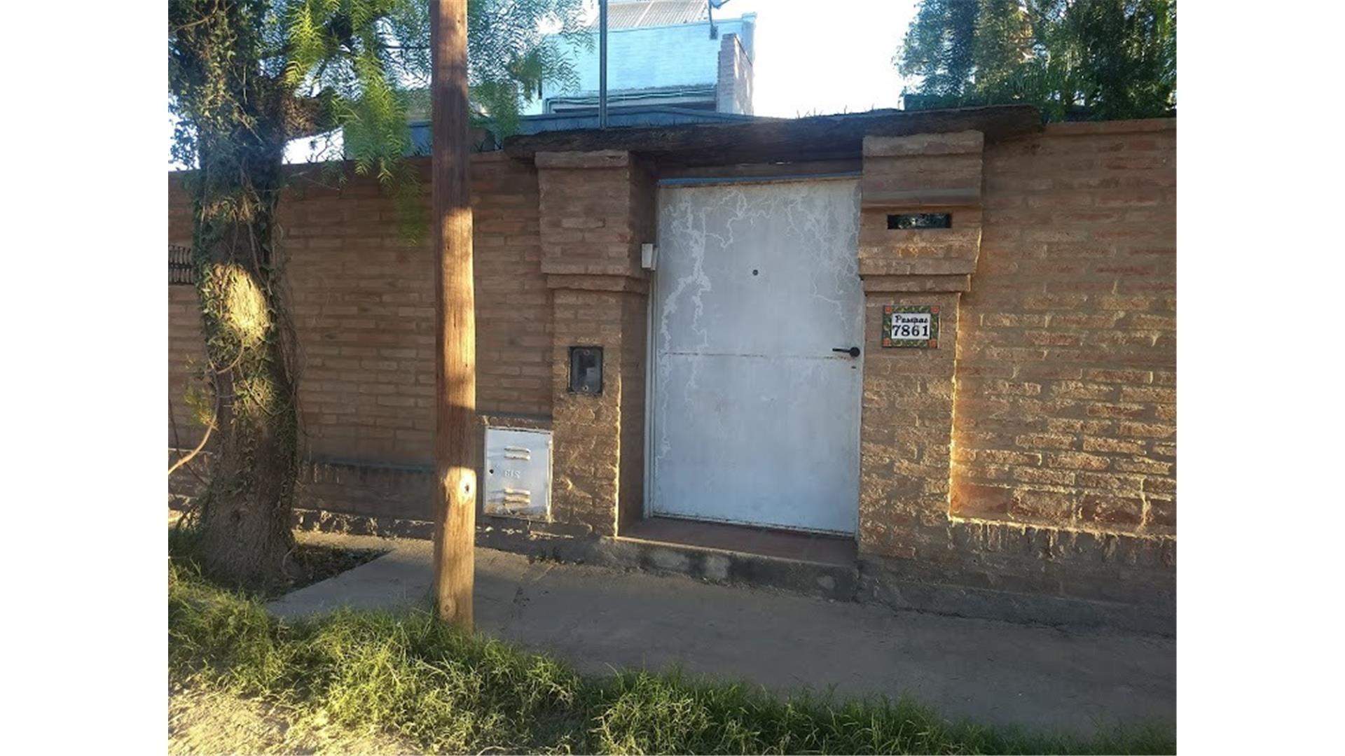 Casa en Alquiler en Arguello - 2 ambientes