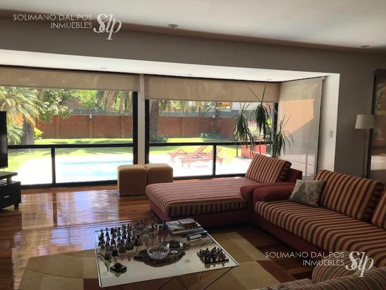 Casa en Olivos Vias/Maipu con 6 habitaciones