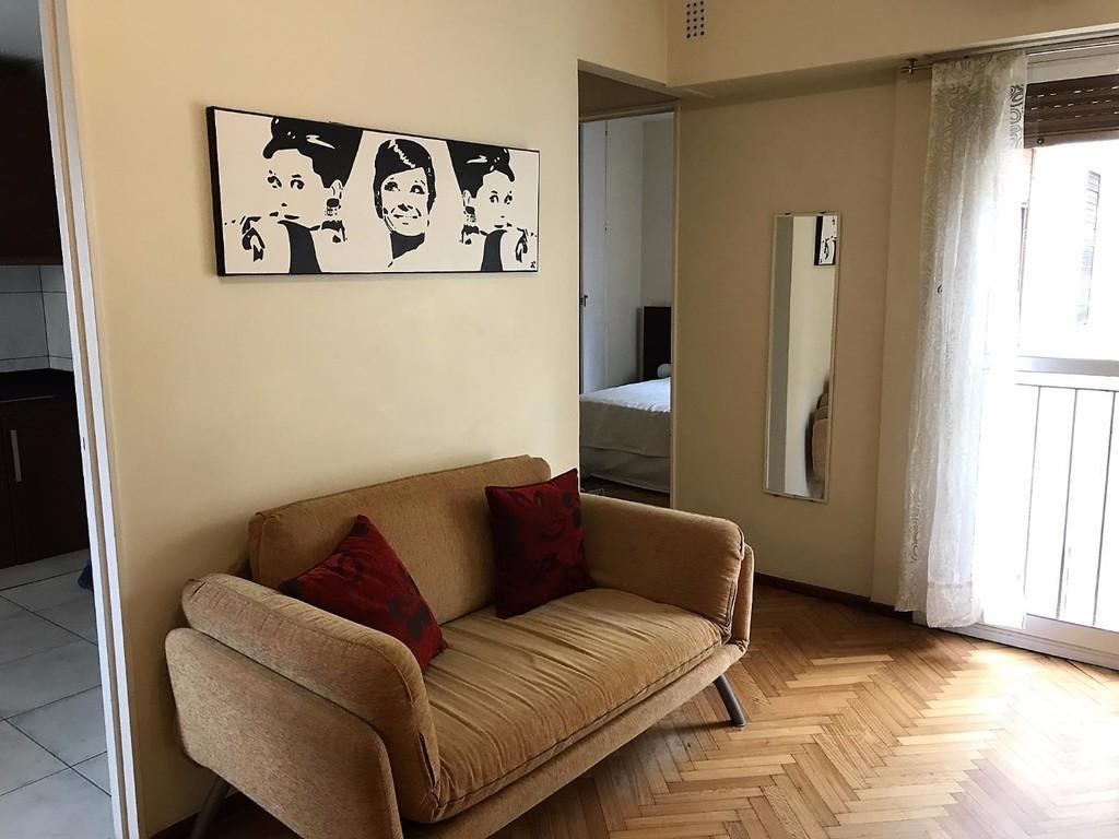 Departamento En Alquiler En Avenida Santa Fe 2200 Recoleta  # Muebles Santa Fe