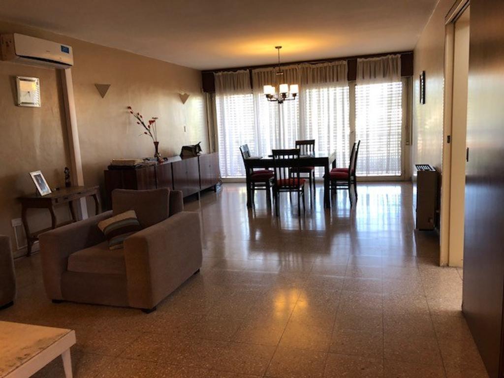 Parque Velez Sarsfield - casa en venta  - APTO CREDITO