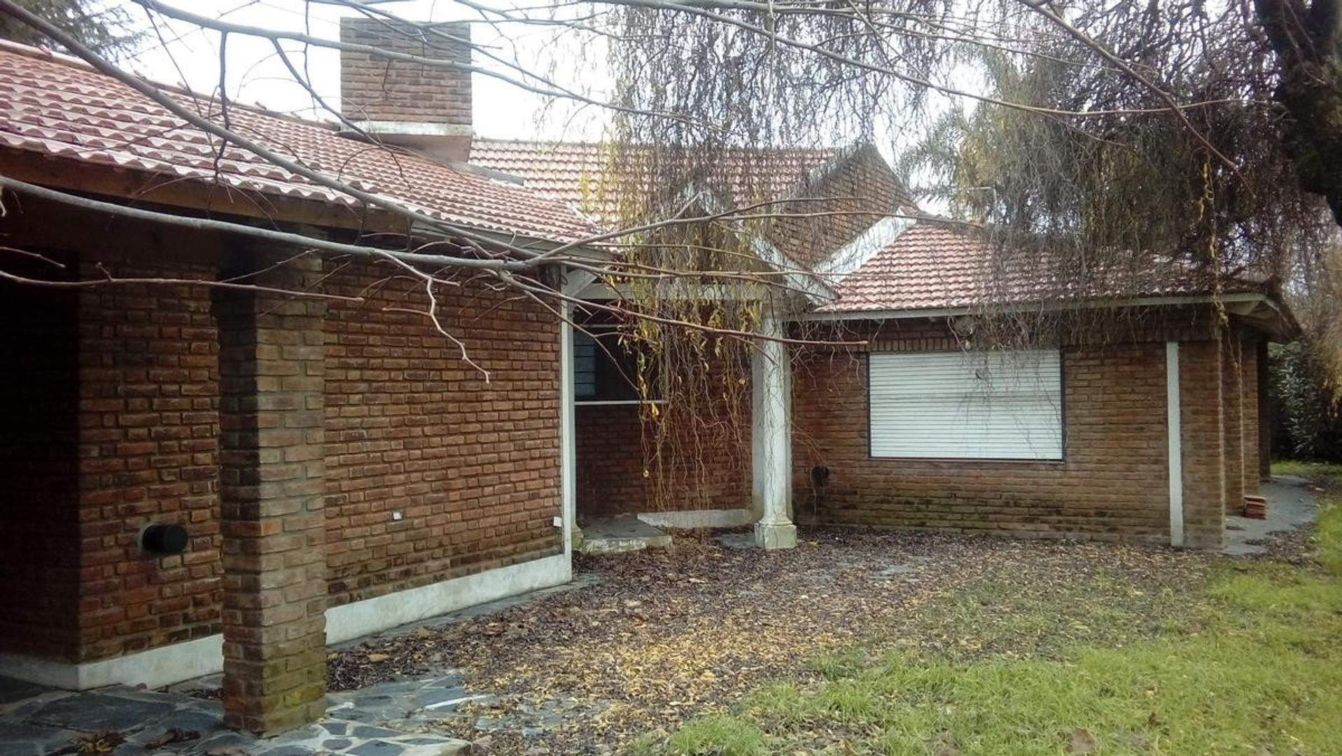 Casa en Venta en Los Rosales - 6 ambientes