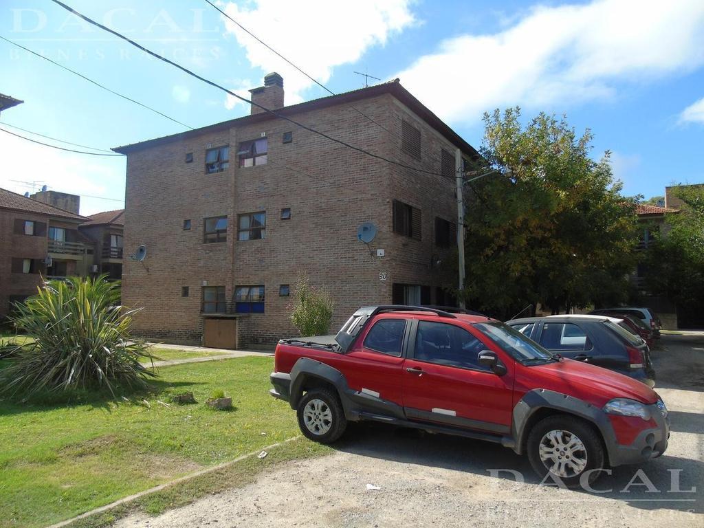 Departamento  en alquiler en La Plata calle 523 e/ 29 y 30 Dacal Bienes Raices