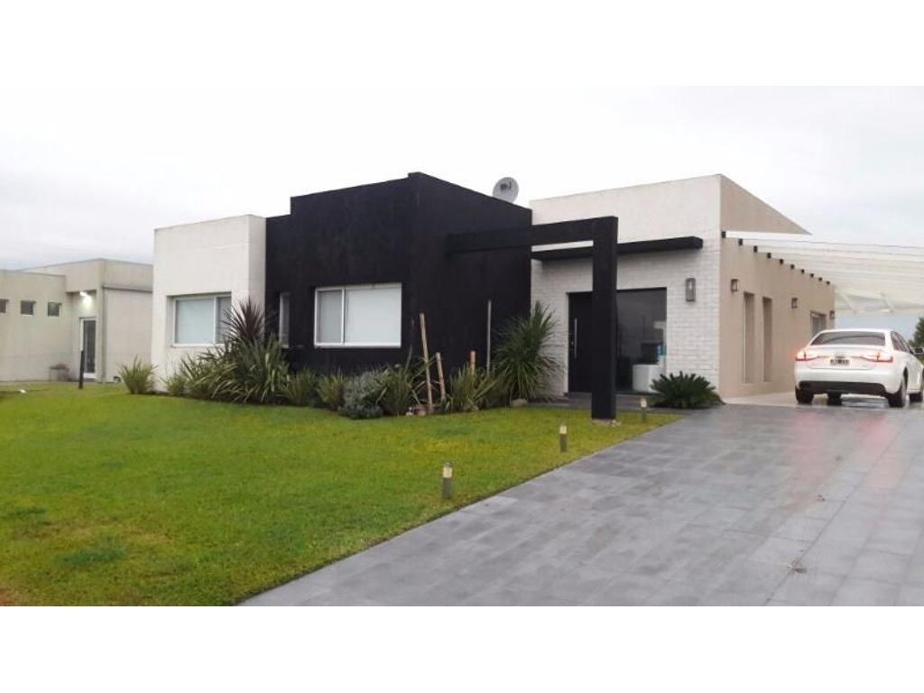 Santa Rita - muy linda propiedad en planta baja - 3 hab. con piscina - FINANCIACIÓN PROPIA!!!!!