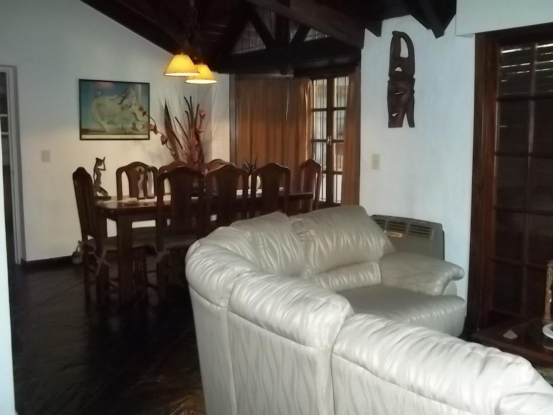 CARLOS GARDEL 1700 - 4 ambientes con cochera