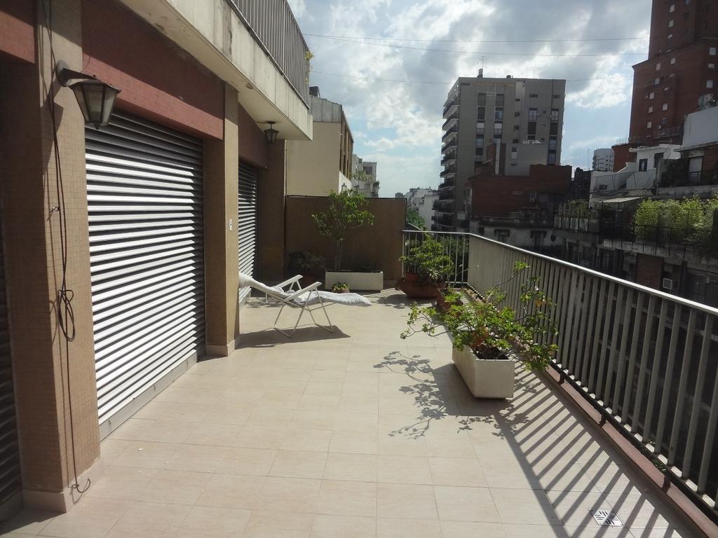 5 Ambientes con balcon terraza y cochera - Con baulera - Total 162 Mts2