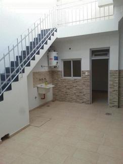 Departamento Tipo Casa en Parque Chacabuco PB Fdo