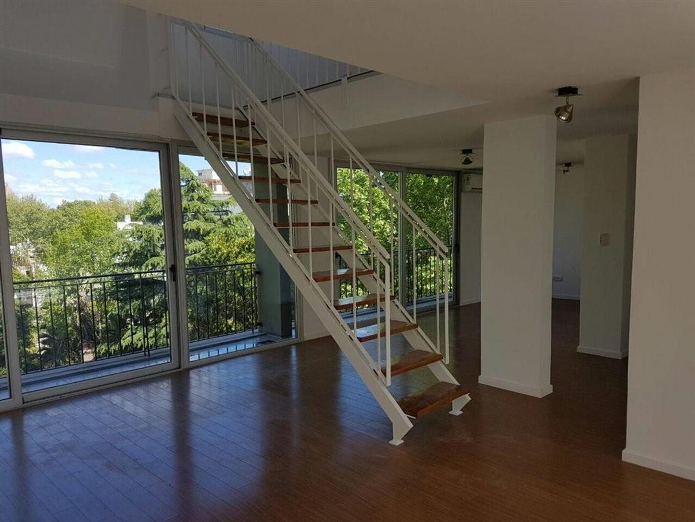 Duplex hermoso, en Vicente Lopez, edificio nuevo, bajas expensas, linda vista para ambos lados.5 amb