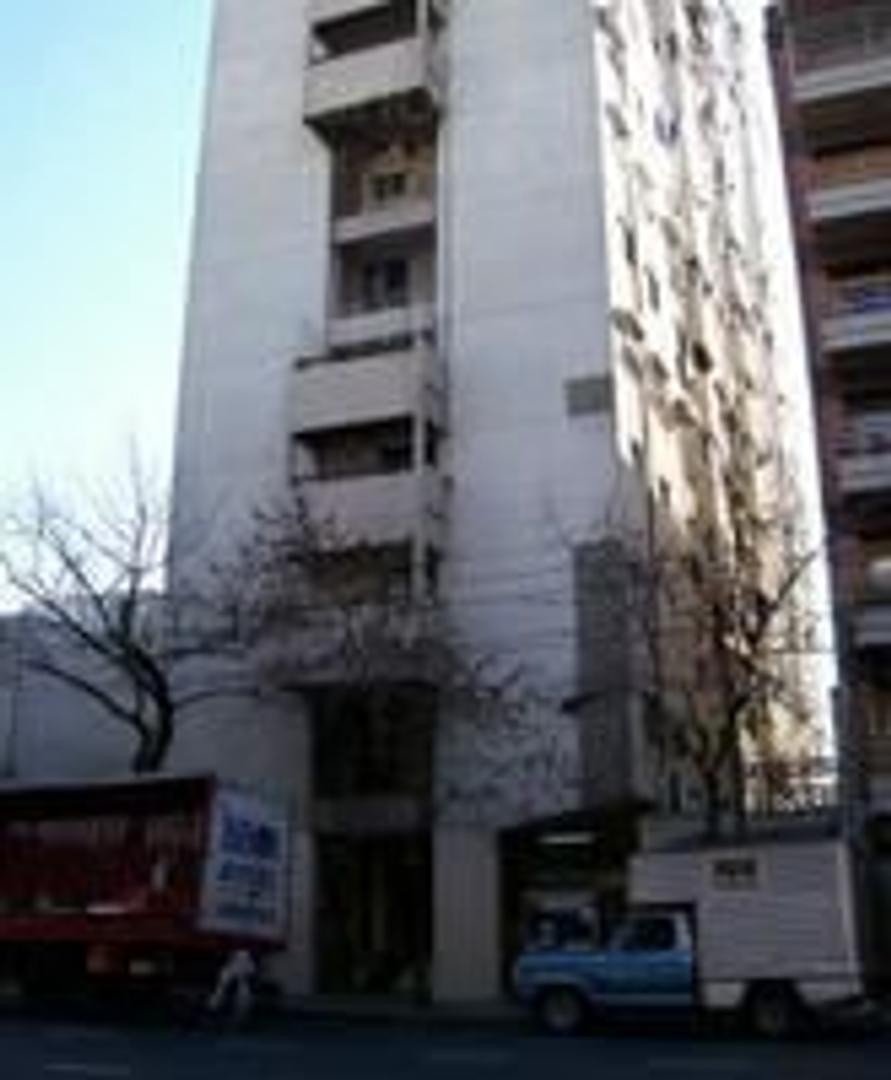 4 amb amplios con balcón al frente