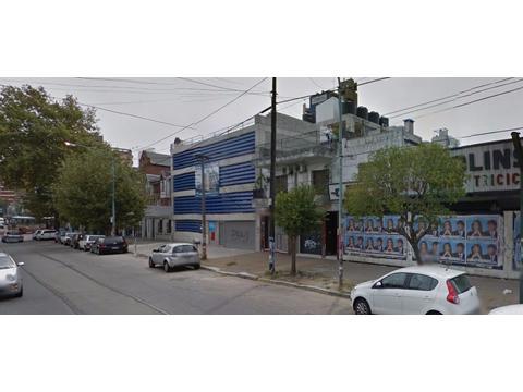 Excelente Cochera cubierta en 1º piso - Quilmes Centro